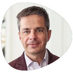 Didier ROCHE : Co-fondateur des établissements «Dans le noir»: il est associé de Linklusion dans les domaines de stratégie et  de partenariats,